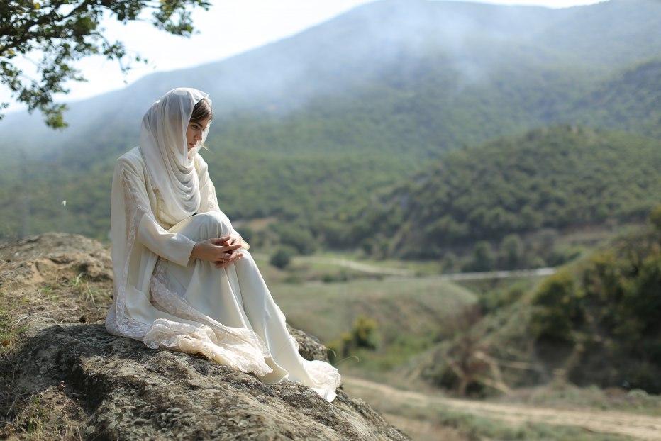 Сочинение образ асият в поэме горянка